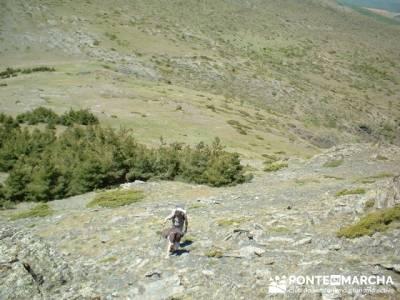 Llegada a la cima de Valdebecerril; excursiones y senderismo; viajes y excursiones
